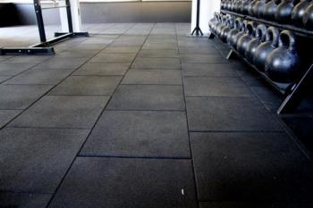 pavimento gommato crossfit